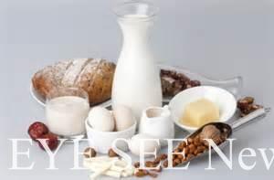 早餐應選擇高纖、高鈣、富含蛋白質的水果和全麥穀類食品。