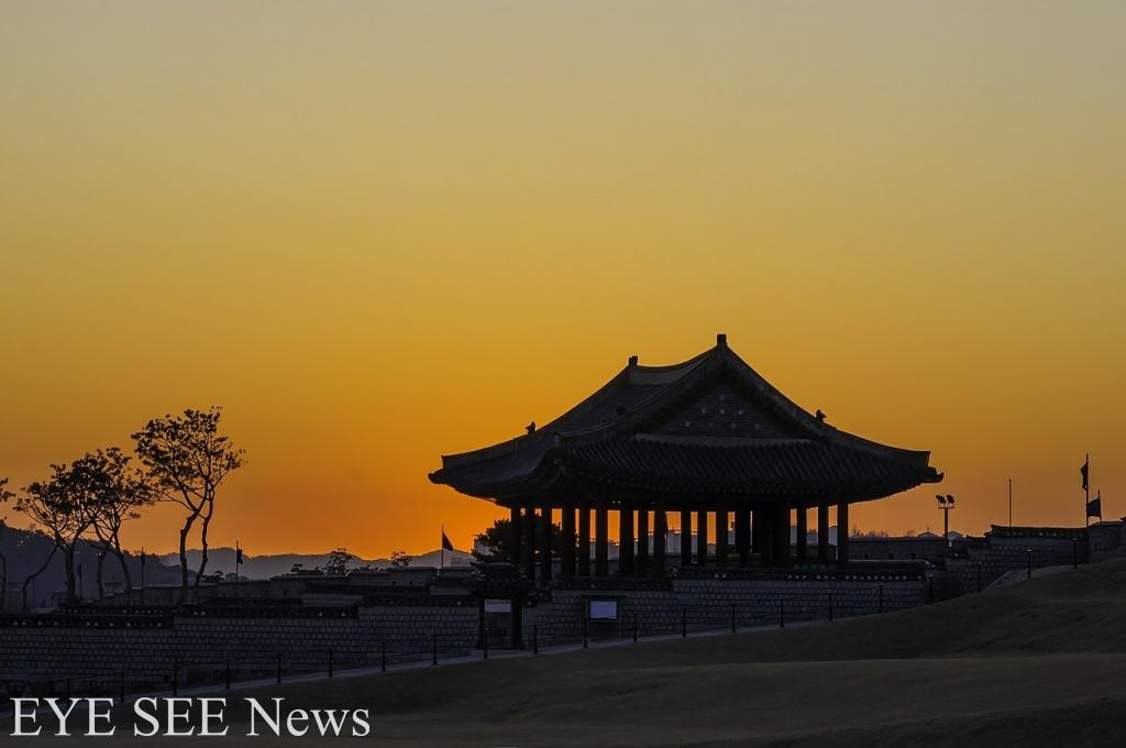 水原華城夜景