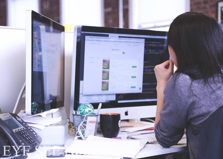 畢業新鮮人進職場前先實習,可以了解自己是否適合該產業。圖/PIXABAY