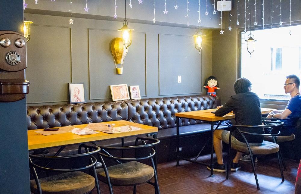 二樓主打舒適的用餐環境。圖/藍可雲 徐子薪