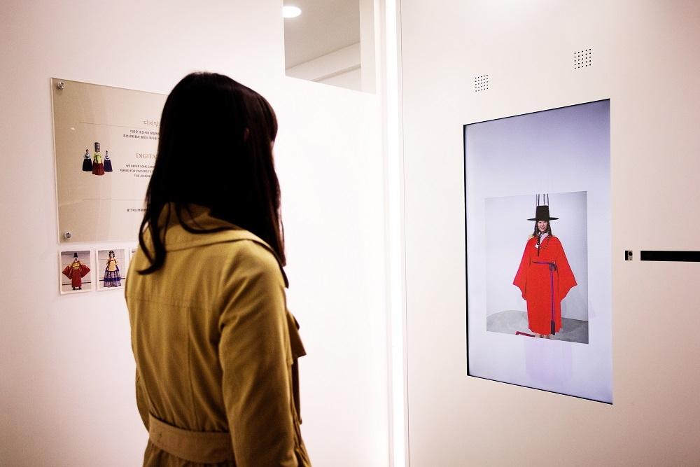 立體圖像技術-韓服體驗 圖/韓國文化體育觀光部