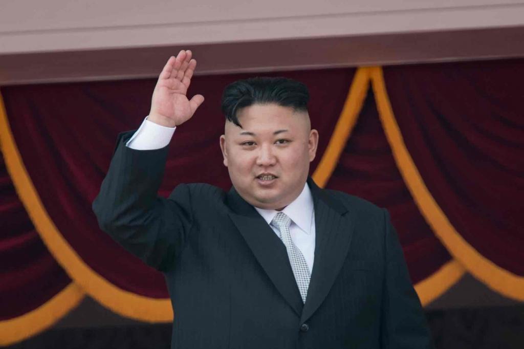 北韓領導人金正恩出席北韓太陽節閱兵大典 圖/英國衛報