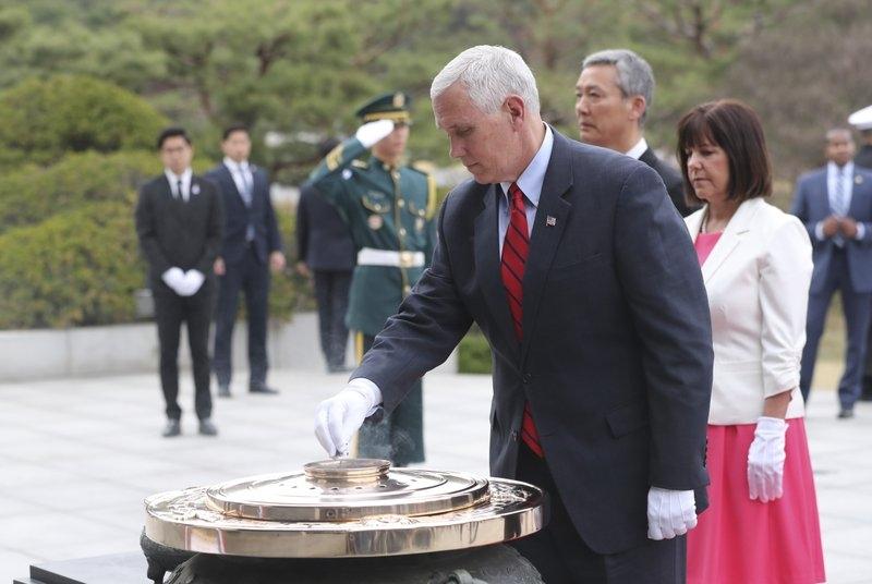 美國副總統彭斯已展開訪問亞洲行程,美國、中國、北韓三方的角力將牽動東北亞的情勢。圖/美聯社