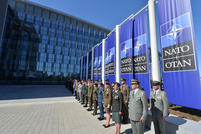 北約新總部交接儀式。圖/ NATO